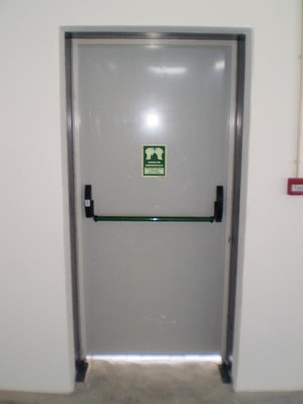 Instalação de Porta Corta Fogo para Edifícios - R & C Consultoria Empresarial