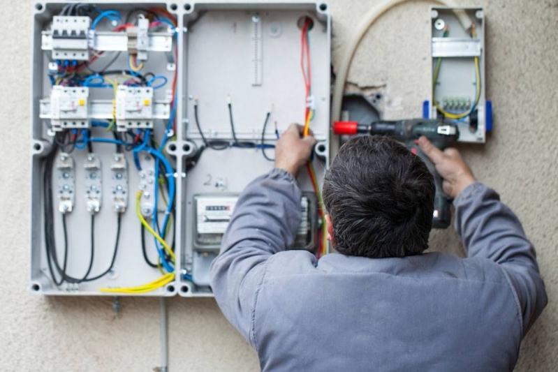 Instalação e Engenharia Elétrica Comercial - R & C Consultoria Empresarial