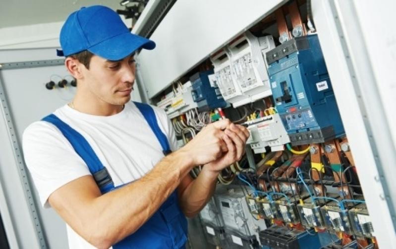 Instalação Elétrica em Condomínios - R & C Consultoria Empresarial