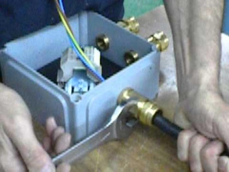 Manutenção de Instalação Elétricas a Prova de Explosão - R & C Consultoria Empresarial