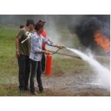 treinamento a combate de incêndio industrial