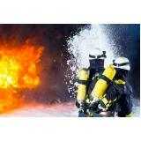 treinamento a combate de incêndio inflamáveis